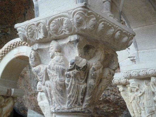 San Juan de la Peña: Capitel del claustro