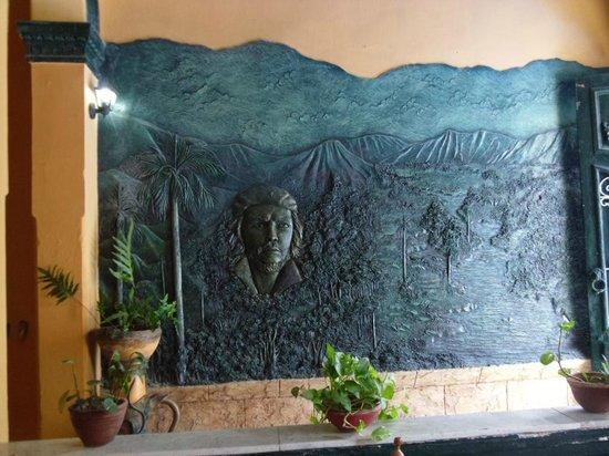 La Casona Guevara : great mural of che