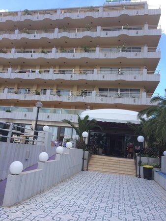 Playa Blanca Hotel: Hotel entrance