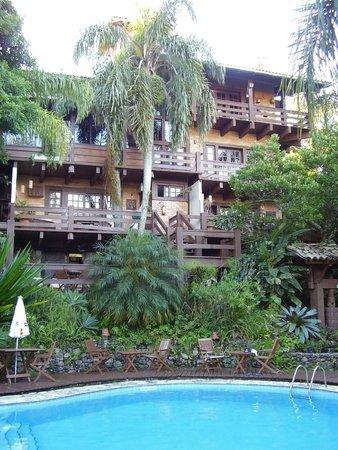 Pousada Georges Village: Apartamentos de frente a piscina aquecida