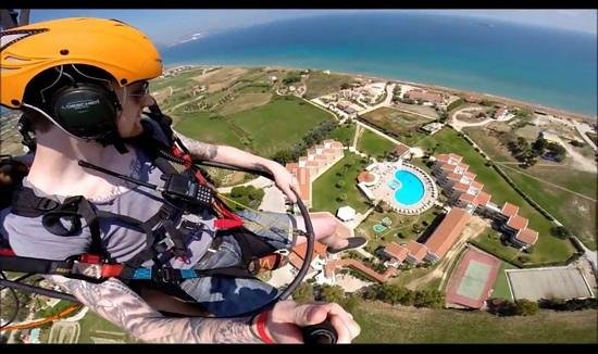 Cephalonia Palace Hotel: Me above the Cephalonia Palace and XI Beach