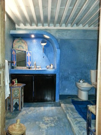 The Repose: Chefchaouen bathroom