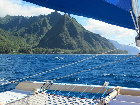 Captain Sundown: Stunning View from Catamaran