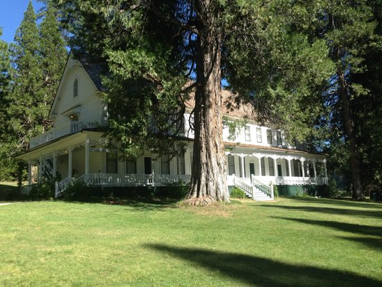 Big Trees Lodge: Washburn Cottage