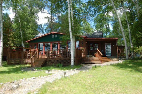 Hay Lake Lodge and Cottages : Main Lodge
