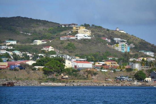 Bird Rock Beach Hotel: View of Island