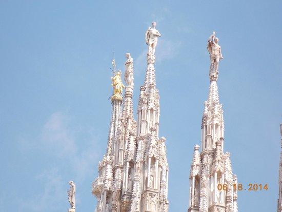 Duomo di Milano: Top of spires