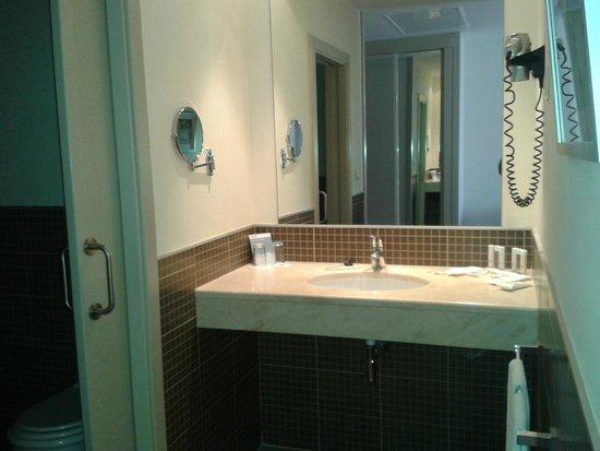 Barcelo Punta Umbria Beach Resort: baño