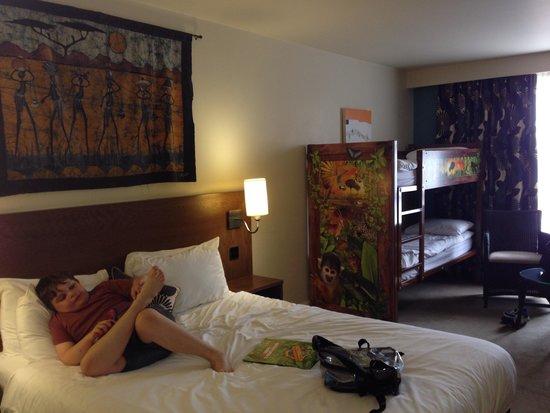 Chessington Safari Hotel : Our family room