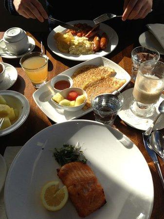 Dingle Skellig Hotel: breakfast buffeet