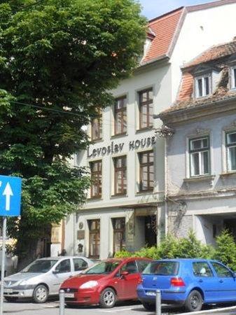 Levoslav House: fronte hotel