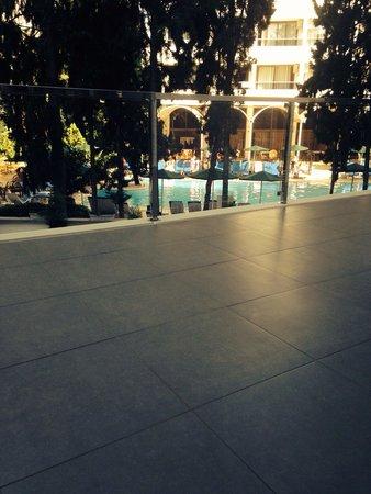Hotel Marbella: Room 121 super big balcony :)