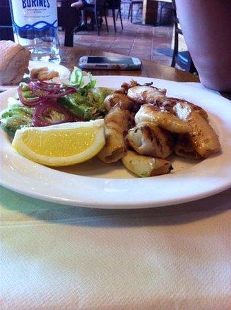 Restaurante El Molín de la Pedrera: Sepias a la plancha