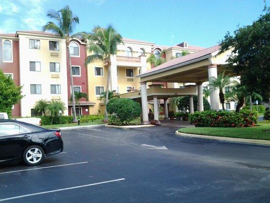 Staybridge Suites Naples-Gulf Coast: A great vacation