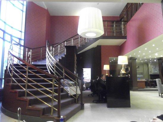 Park Hotel & Leisure Centre : Lobby