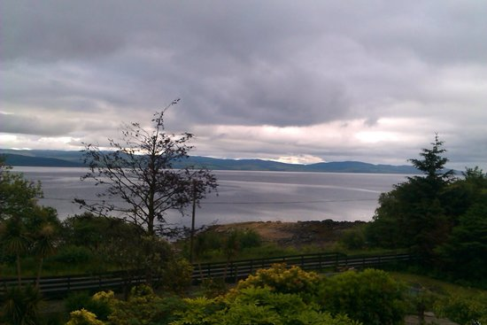Kilfinan View Bed & Breakfast: A wonderful view and a peaceful night.