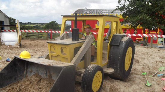 Camel Creek Adventure Park: Crealy construction