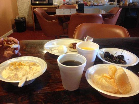 Rio Cucharas Inn : Really nice breakfast