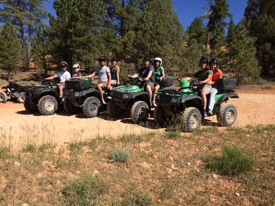 Bryce Canyon Wildlife Adventure: 8 of us, 4 ATV's