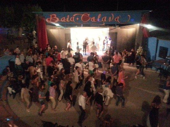 Villaggio Baia Calava: serata danzante post spettacolo animazione