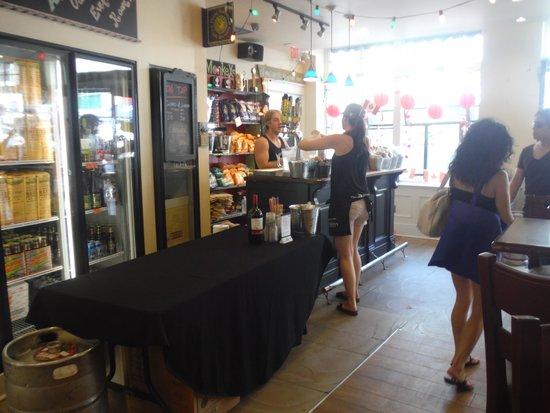 Barrie, Kanada: Flying Monkey reception and bar