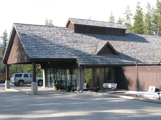 The Resort At Cypress Hills Hotel Entrance