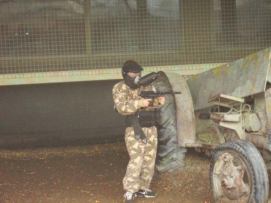 Delta Force Paintball Upminster: paint ball  war games