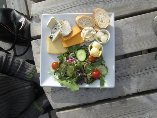 Birds and the Bees: Cheese/Salad plate