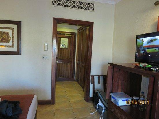 The Kingdom at Victoria Falls: entrance