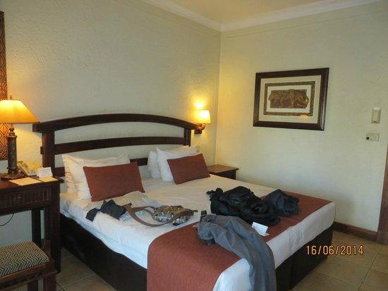 The Kingdom at Victoria Falls: bed