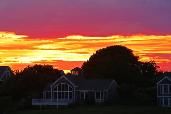 The Island Home Inn: Sunset from room/deck