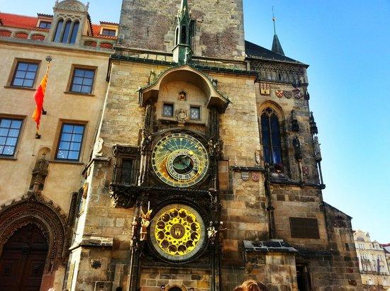 Hôtel de ville de la Vieille ville et l'horloge astronomique : Astronomical Clock