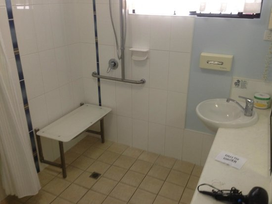 Bluewater Harbour Motel: our Award Winning Disability equipped room.
