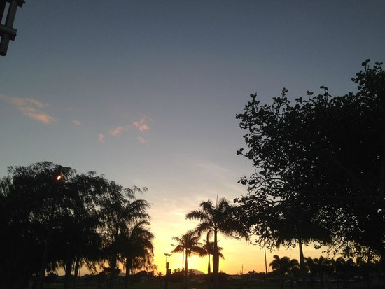 Bluewater Harbour Motel: Great Sunsets