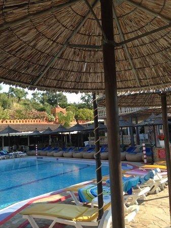Altura Hotel: Pool area