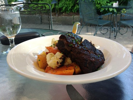 Broad Arrow Tavern: Braised Beef Short Ribs