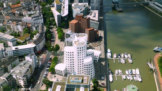 Rhine Tower (Rheinturm) : Frank Gehry architecture