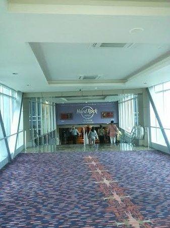 Hard Rock Hotel Panama Megapolis: del hotel al mall