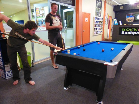 Rock Solid Backpackers : Free Pool table