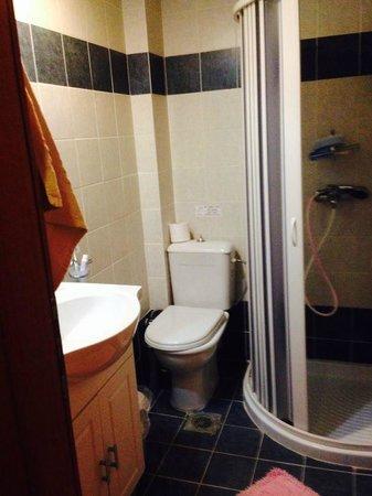 Altura Hotel: Room