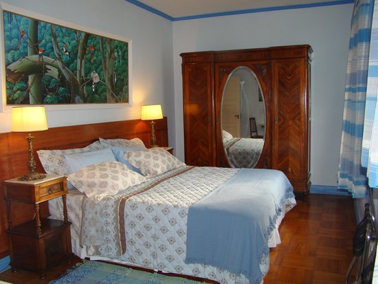 Rio Guest House ( Marta's Guest House): Our Aquamarine en Suite !