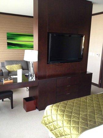 Vdara Hotel & Spa : tv/sitting area