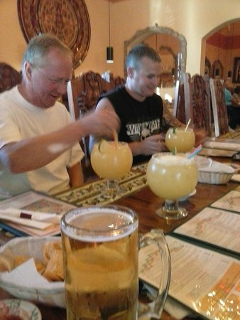 Azteca Mexican Restaurant Huge Drinks Here Be Careful