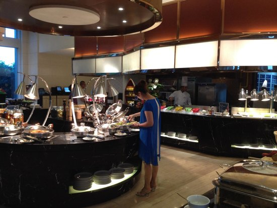 Sheraton Changzhou Wujin Hotel: Breakfast at Feasts