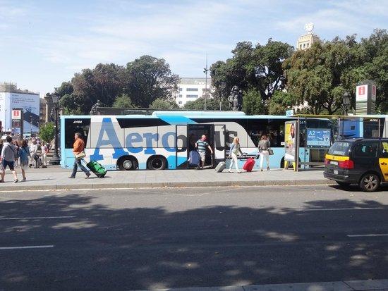 Plaza de Cataluña: Aerobus at Plaça de Catalunya