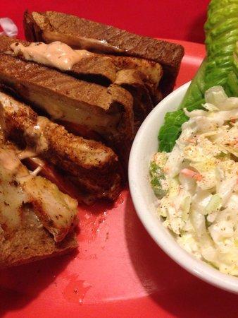 Mrs. Mac's Kitchen: Fish sandwich- delicious