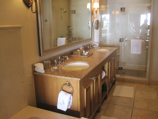 The Resort at Pelican Hill : Sinks