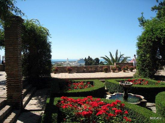 Alcazaba (fort) : Alcazaba's Garden
