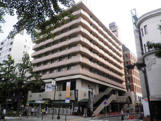 Star Hotel Yokohama: the hotel seen from Yamashita Park