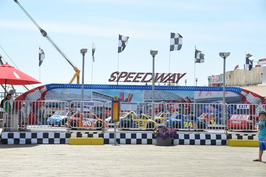 Casino Pier & Breakwater Beach Waterpark : Speedway
